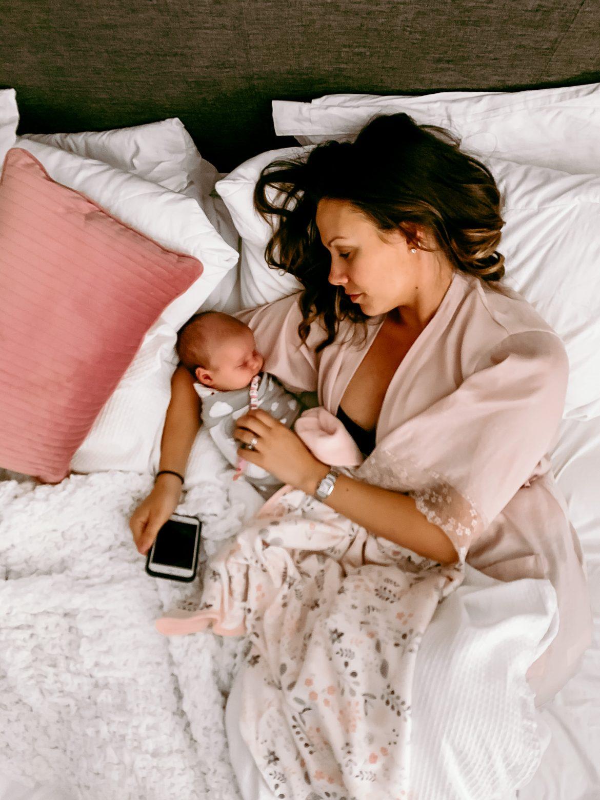 image of baby and mum   sleep routine for newborn